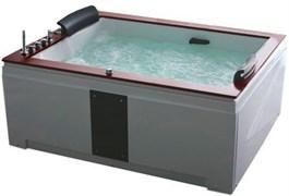 GEMY 186x151 Ванна акриловая гидромассажная, высота 82 см