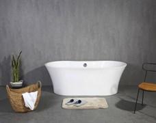 BELBAGNO BB201 Ванна акриловая отельностоящая овальная в комплекте со сливом-переливом цвета хром